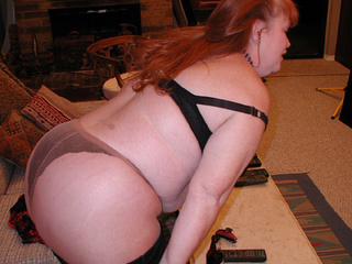 Ginger fatty in black lingerie and stockings assfucked - Picture 1