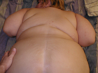 Busty short-haired housewife banged variously - Picture 3