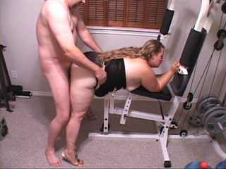 Plump blonde mom in black lingerie doggystyled at the - Picture 2