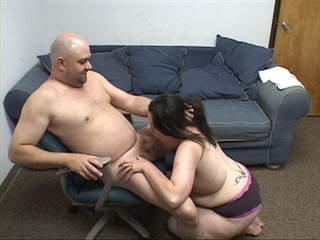 Plump brunette bitch fucked variously - Picture 1