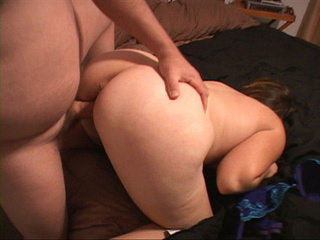 Chubby bitch in blue lingerie riding dick - Picture 2