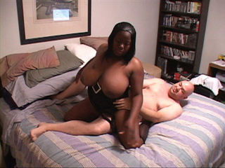 Huge-titted black mamasita jumping on white prick - Picture 3