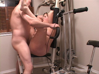 Chubby blonde mama banged on exerciser - Picture 4