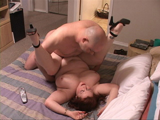 Ginger fatso riding man's meat - Picture 2