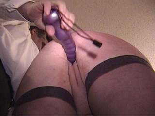 Fat ass mom in stockings ass banged with vibro - Picture 1