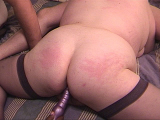 Fat ass mom in stockings ass banged with vibro - Picture 3