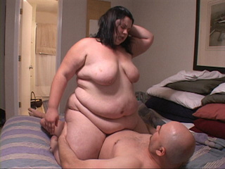 Brunette fatty riding stiff rod - Picture 1