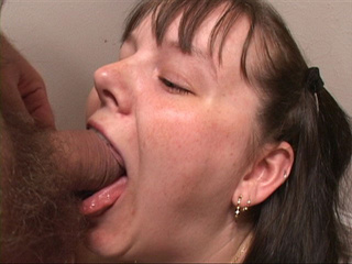Chubby pigtailed chick face fucked - Picture 4