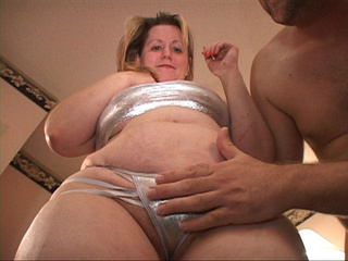 Huge titted blonde mom takes off her sliver lingerie for - Picture 3