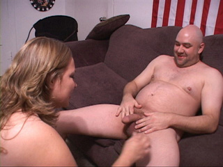 Fat fair-haired mom gets nude preparing for banging - Picture 1