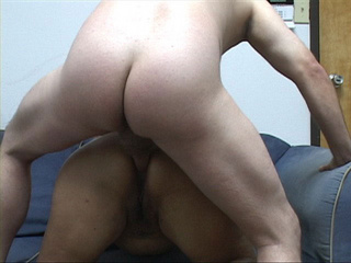 Dude drills fat ass in doggy style - Picture 4