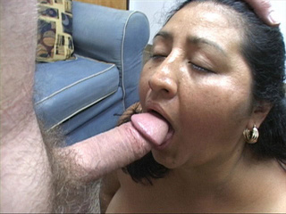 Ponytailed mature latina head fucked - Picture 2