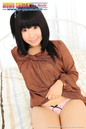 Japanese teen whore in brown blouse changes into red bikini - XXXonXXX - Pic 3