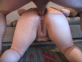 Long-haired fatso spreads her butt cheeks for a black - Picture 1