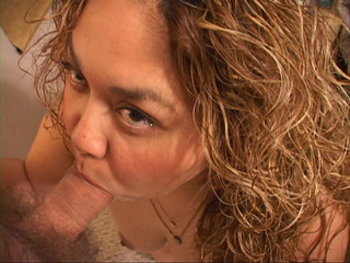 Curly fat mom preparing for assfucking on doggy style - Picture 4