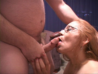Chubby bitch in glasses swallows man's meat - Picture 4