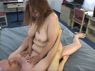Tattooed latina mom with big bottom - Picture 2