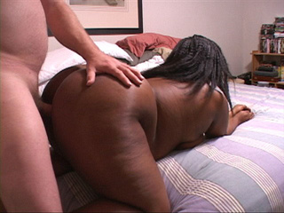 Bootylicious black housewife sucking cock before - Picture 4