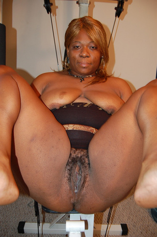busty black mature with