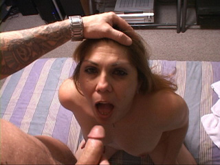 Big ass housewife head fucked - Picture 3