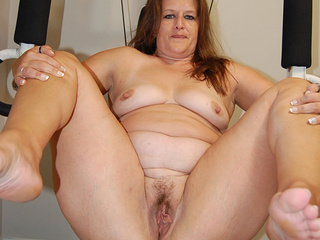 Huge fatso handles by two fat-ass lovers - Picture 3