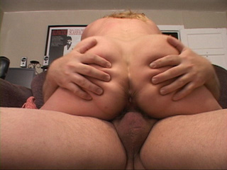 Curly blonde mom loves her fat ass getting drilled - Picture 4