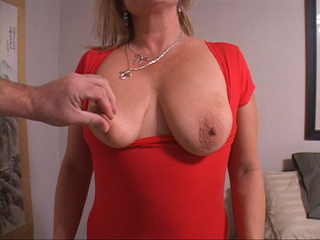 Hot horny mama in need of fun gets her tits and butt - Picture 1