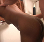 Needy mama spreads open legs on exercise machine…