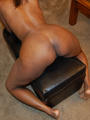 Big sexy ass displayed by naughty black - Picture 1