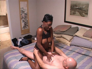 Mature hot horny ebony enjoys some doggy and cowgirl - Picture 4