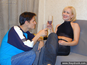 Pretty blond is shameless to strip while her guy watching and proudly shows her shaved pussy - XXXonXXX - Pic 3