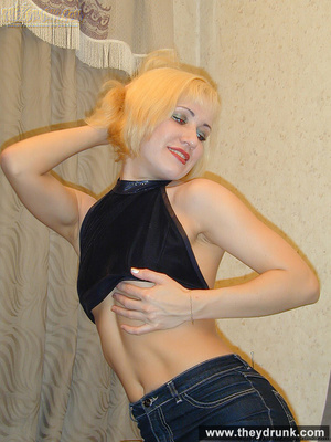 Pretty blond is shameless to strip while her guy watching and proudly shows her shaved pussy - XXXonXXX - Pic 7