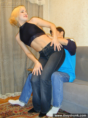 Pretty blond is shameless to strip while her guy watching and proudly shows her shaved pussy - XXXonXXX - Pic 8
