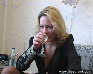 Lonely blond milf relaxing with alcohol then getting naked and playing with her hot pussy - XXXonXXX - Pic 3