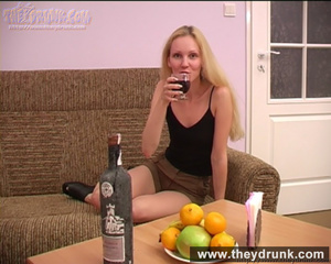Blond teen wearing black top and short skirt gets drunk and horny enough to get nude - XXXonXXX - Pic 2