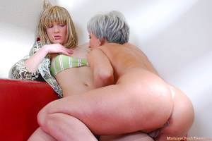 Lesbian mom wakes up sleeping daughter and gives her something better than dreams - XXXonXXX - Pic 11
