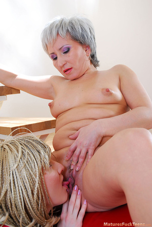 Lesbian mom wakes up sleeping daughter and gives her something better than dreams - XXXonXXX - Pic 18