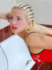 Mom finds daughter's dildo in bathroom and she - XXXonXXX - Pic 1