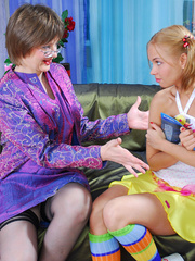 Horny mama easily seduces sweet curious teen - XXXonXXX - Pic 2