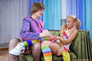 Horny mama easily seduces sweet curious teen - XXXonXXX - Pic 7
