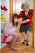 Mature lesbian discovers that her pinky teen…