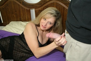 Horny MILF begs hunk to slobber her with his jizz - XXXonXXX - Pic 3