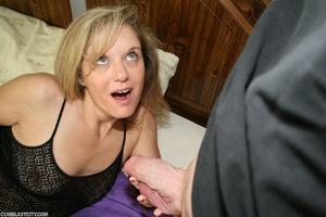 Horny MILF begs hunk to slobber her with his jizz - XXXonXXX - Pic 5