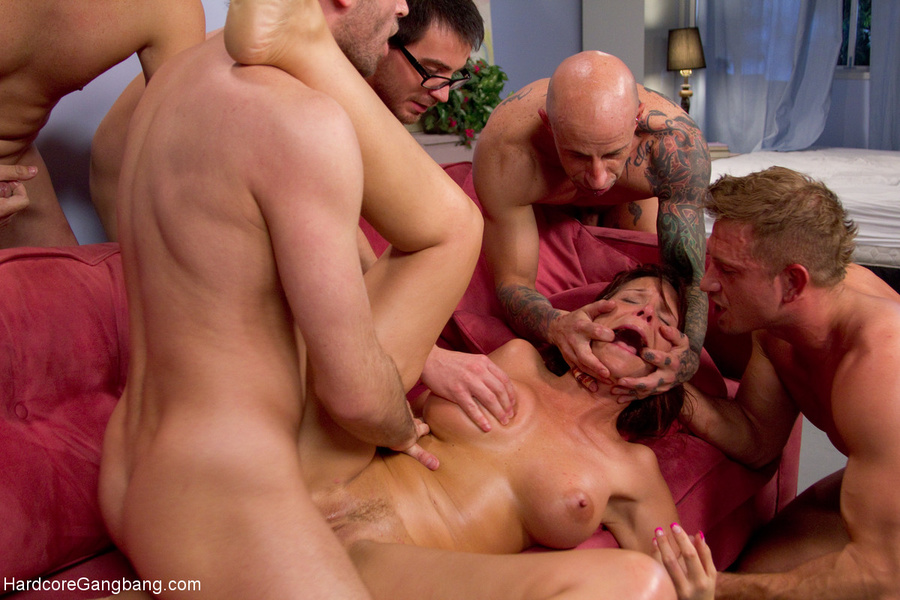 Gangbang one mom and six gays