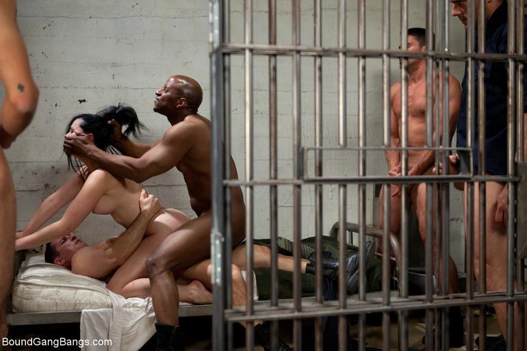 prisoner xxx