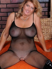 Big boobs mature lady getting - Sexy Women in Lingerie - Picture 8