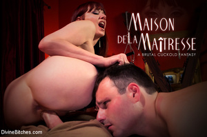 Beautiful horny woman enjoying fetish fu - XXX Dessert - Picture 9