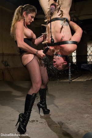 Fatale young lady loved dominating helpl - XXX Dessert - Picture 5