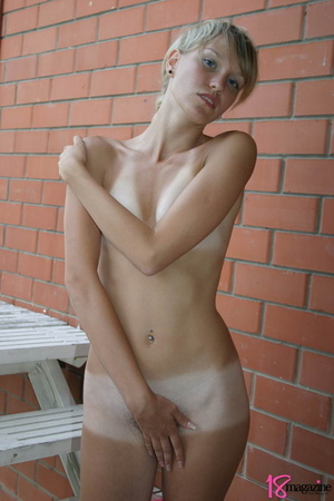 Alluring tanned blond in her pink topless boobie display - XXXonXXX - Pic 15