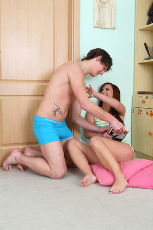 Cute teen chick Aisha takes care of her boyfriend first thing in the morning, after all, it is her fault Simon has a raging erection, she's walking around only in her undies - XXXonXXX - Pic 3